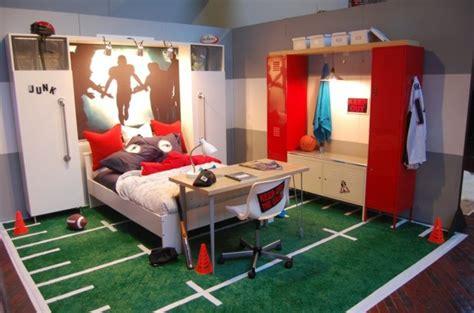 sport en chambre déco chambre ado murs en couleurs fraîches en 34 idées