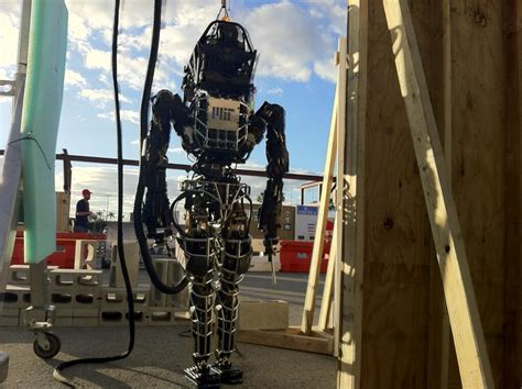 The Scary-dexterous Robots Of The Darpa Challenge