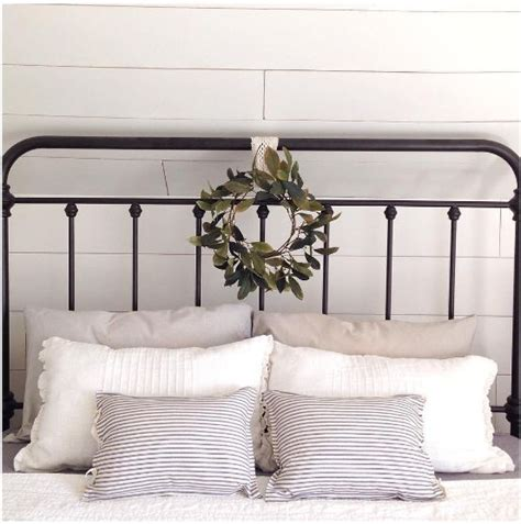 Living Style Metallbett by 25 Best Ideas About Wrought Iron Beds On