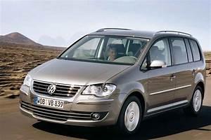 Monospace Volkswagen : fiche technique volkswagen touran tdi 105 2009 ~ Gottalentnigeria.com Avis de Voitures