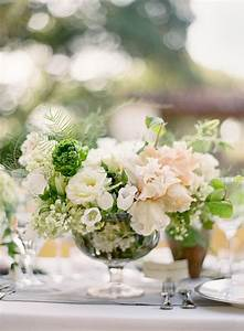 Green and white centerpiece - Fab Mood   Wedding Colours ...