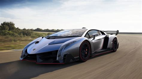 Mobil Lamborghini by Gambar Wallpaper Mobil Sport Lamborghini Melaju Di Aspal