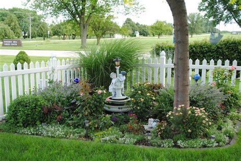 pin  gardens
