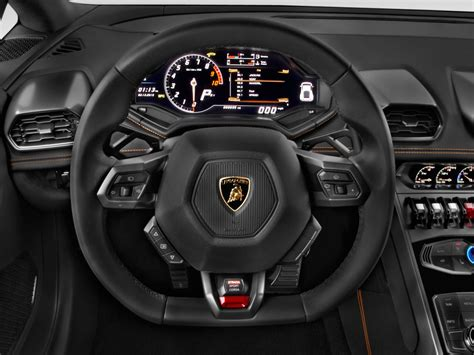 Image 2015 Lamborghini Huracan 2door Coupe Lp 6104