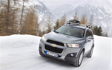 Chevrolet Captiva Backgrounds by Wallpapers Chevrolet Captiva Car Wallpapers