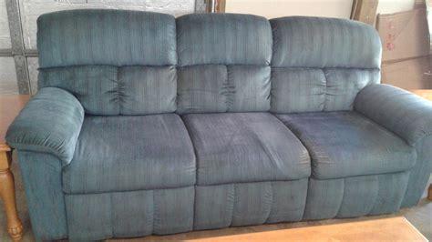 Blue Chenille Sofa by La Z Boy Blue Chenille Sofa Delmarva Furniture Consignment