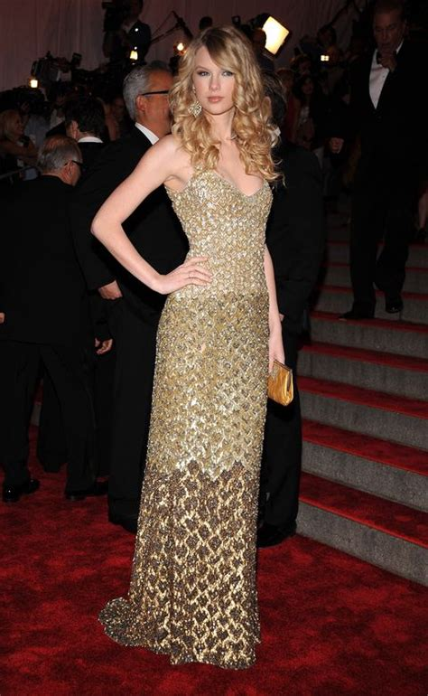 Why Taylor Swift Skipped the 2019 Met Gala - Lee Magnifique