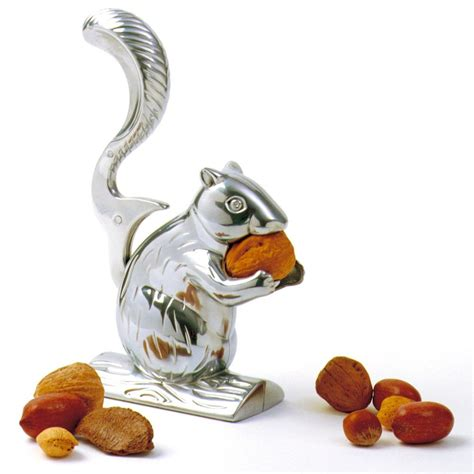 cuisine fille bois ecureuil casse noix et noisettes à 14 95