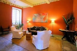 Le Mauve Se Marie Avec Quelle Couleur : d co orange comment l 39 utiliser et quelles couleurs lui associer ~ Nature-et-papiers.com Idées de Décoration