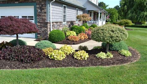 Small Gardens Landscaping Ideas Midwest Yard Work On