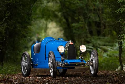 Of course it's a toy, but hey, adults can actually drive it. Bugatti Launched Its Fir Mini Electric Car Bugatti Baby 2 For Kids And Teenagers Know Its Price ...