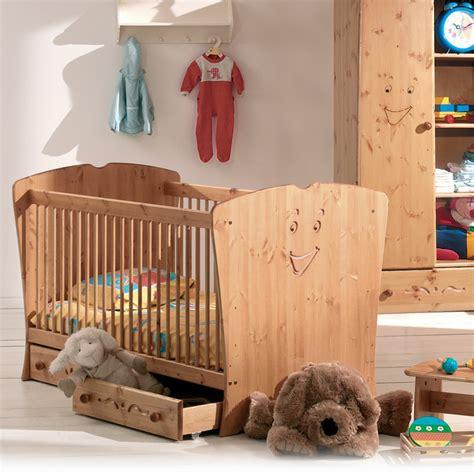 chambre bébé scandinave chambre bébé en pin cocktail scandinave photo 7 20