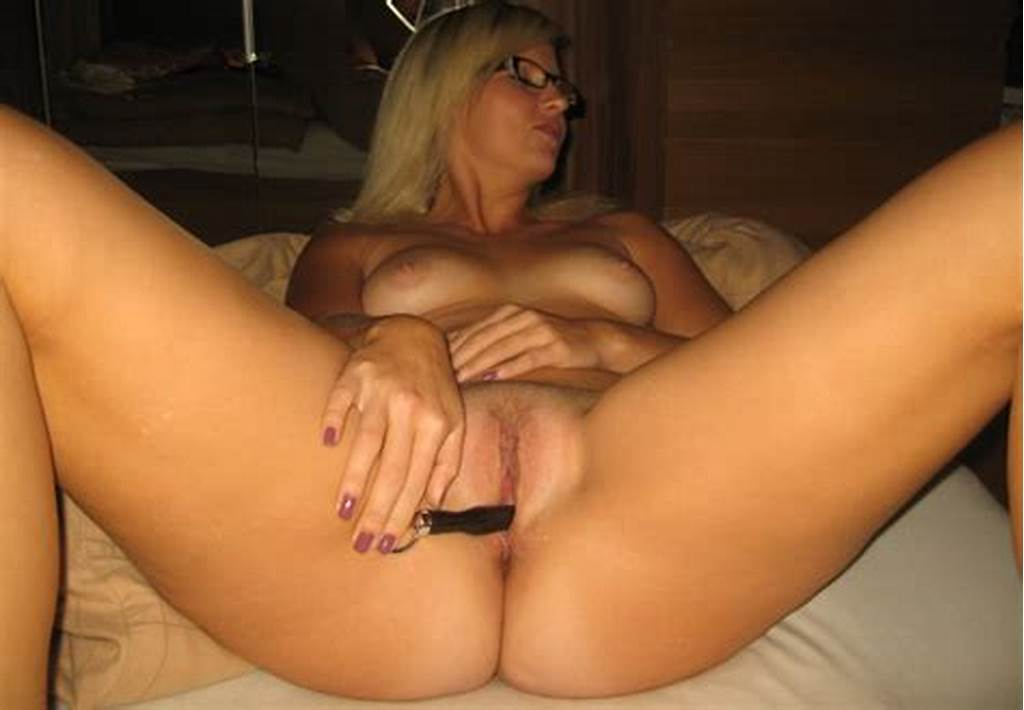 #Submitted #Nude #Pics #Of #Sexy #German #Girl #From #Duesseldorf