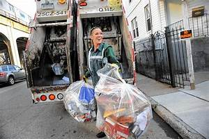She takes out the trash with style - NY Daily News