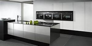 Küche Schwarz Weiß : hochglanz inselk che balance cube in wei und schwarz ~ Sanjose-hotels-ca.com Haus und Dekorationen