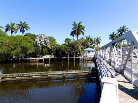 Sailboat Bend by Historic Sailboat Bend Fort Lauderdale 0294 Le Courrier