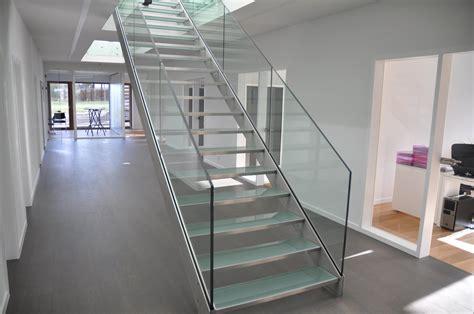 vous souhaitez installer un escalier en verre frenchimmo