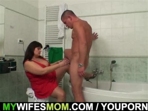 She Finds Her Huge Titted Mom Fucking With Her Hubby In