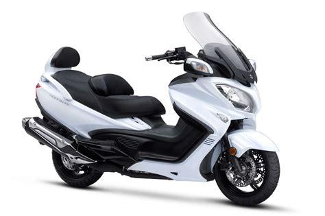 2019 Suzuki Burgman 650 2018 suzuki burgman 650 executive review totalmotorcycle