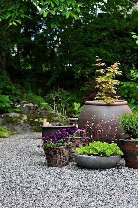 landscaping  gravel  stones  garden ideas