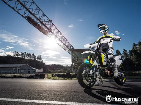 Husqvarna Enduro 701 4k Wallpapers by Husqvarna 701 Supermoto Wallpapers Justbikes In