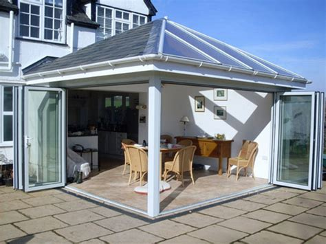 Functionality Offered From Attractive Glass Garden Rooms