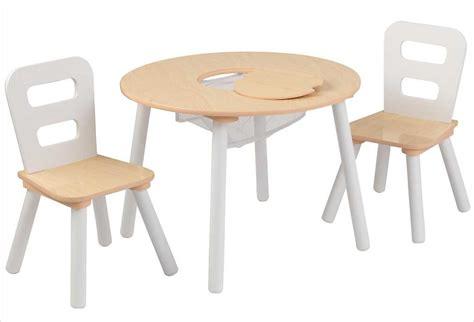 table et chaise pour bébé table ronde en bois pour enfant et ses deux chaises