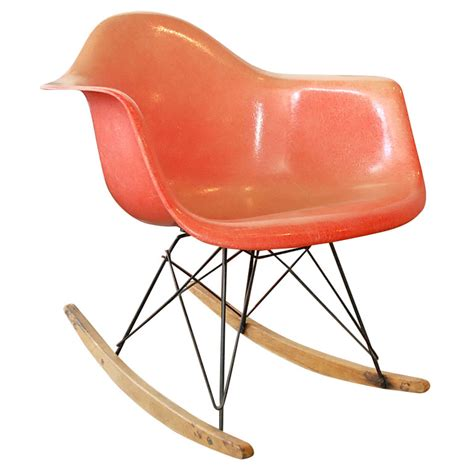 timeless rocking chair by charles and www designisti