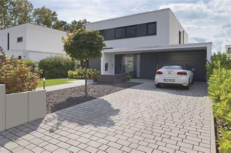 Pflastersteine Einfahrt Modern by Bildergebnis F 252 R Pflastersteine Beton Mit Natursteinen