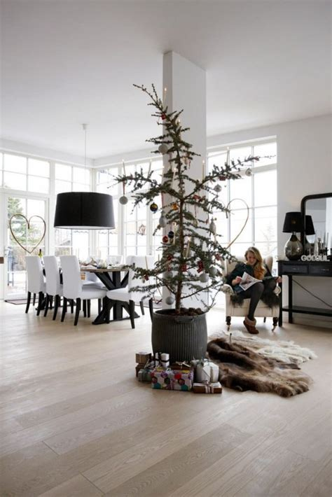minimalist  modern christmas tree decor ideas digsdigs