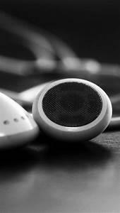 White Headphones iPhone 5 Wallpapers Hd 640x1136 Iphone 5 ...