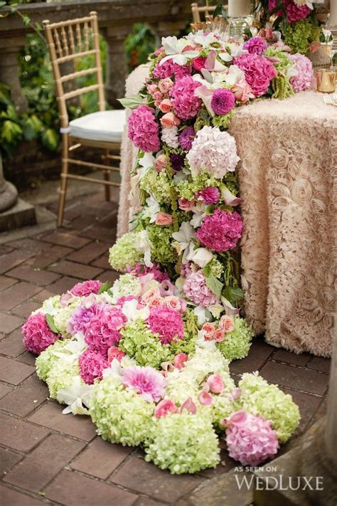 Flower Table Runners As Wedding Centerpieces Arabia Weddings