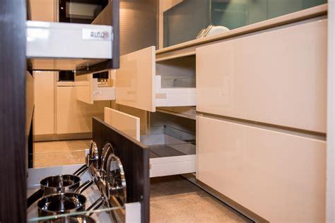 Alno Arbeitsplatten by Magnolia White Alno Sign Ex Display Kitchen Corian