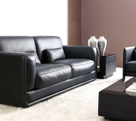 relooker un canapé en cuir le canapé design italien en 80 photos pour relooker le salon