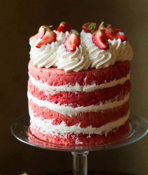 country kitchen strawberry pound cake strawberries and cake beautiful and delicious can 8457
