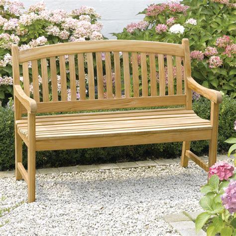 bancs de jardin en bois banc jardin bois sur