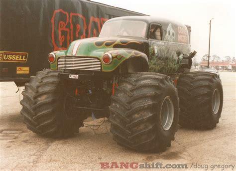 old grave digger monster truck bangshift com monster truck