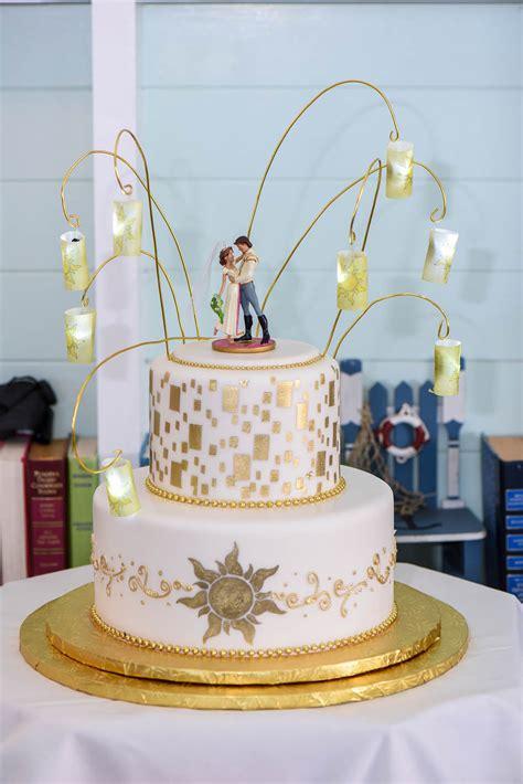where to get wedding cakes wedding cake wednesday tangled in disney weddings 1283