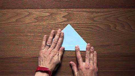 lavoretti  la carta realizzare una barchetta origami