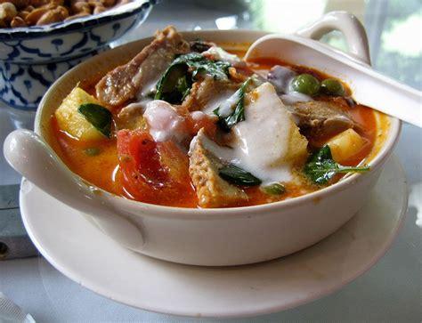 kaeng phed ped  ethnic foods