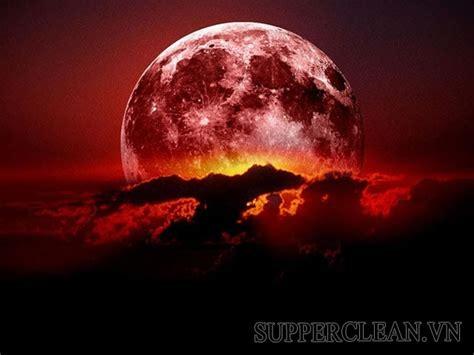 Trăng tròn tháng 7 bị che khuất khi trái đất đi qua giữa mặt trăng và mặt trời, gây ra hiện tượng nguyệt thực một phần. Nguyệt thực là gì? Vì sao nguyệt thực thường xảy ra vào ...