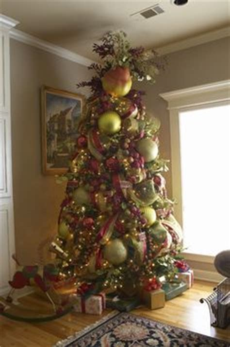 1000 images about beautiful christmas trees on pinterest