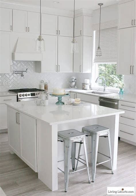 Decorating Ideas For A And White Kitchen by Farmhouse Kitchen Decorating Ideas 10 Must Haves For A