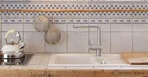 Welche Fliesen Für Küche : wir renovieren ihre k che kuechenarbeitsplatten ~ Markanthonyermac.com Haus und Dekorationen