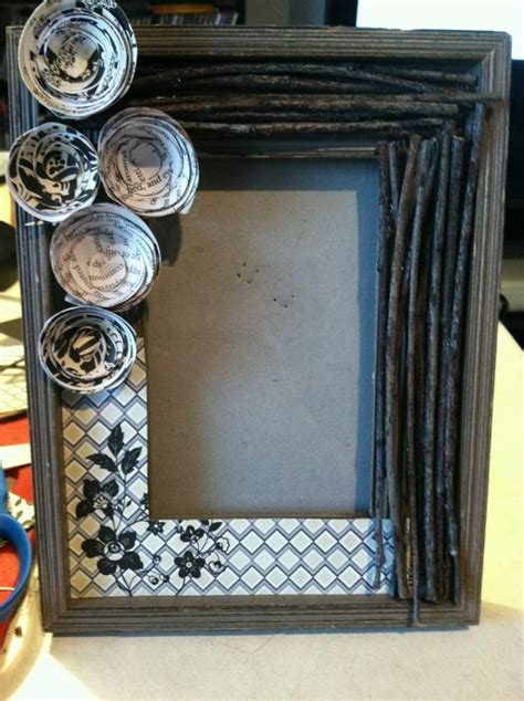 decorated picture frame    twigs scrapbook