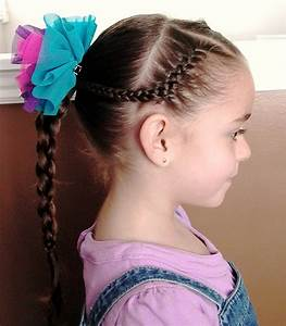 Sweet Chearleading Hairstyles for Little Girls