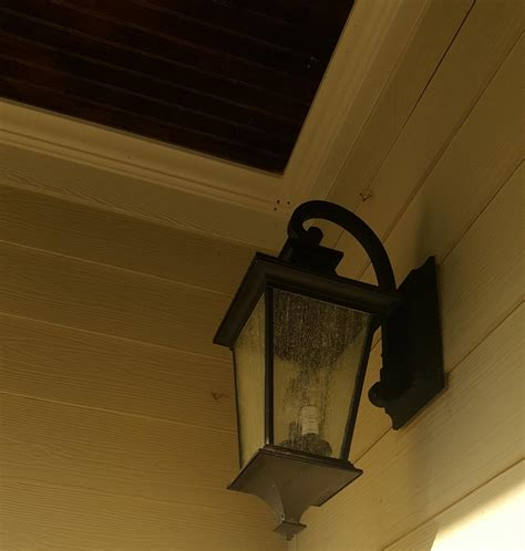Replacing Light Fixture by Replacing Bulbs In Outdoor Wall Fixture Doityourself