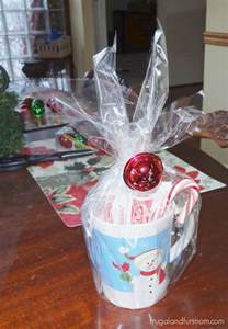 16 semi homemade christmas mugs gifts i made under 25 dollars with hot cocoa and candy canes