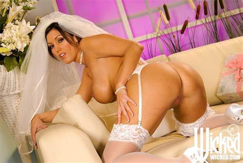 Bride In Vaginal Solo Dylan Ryder Open Her Bush On Kitchen Day