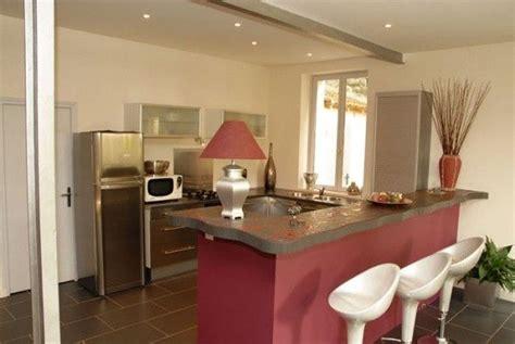 cuisine ouverte sur sejour salon ophrey com modele cuisine ouverte salon prélèvement d